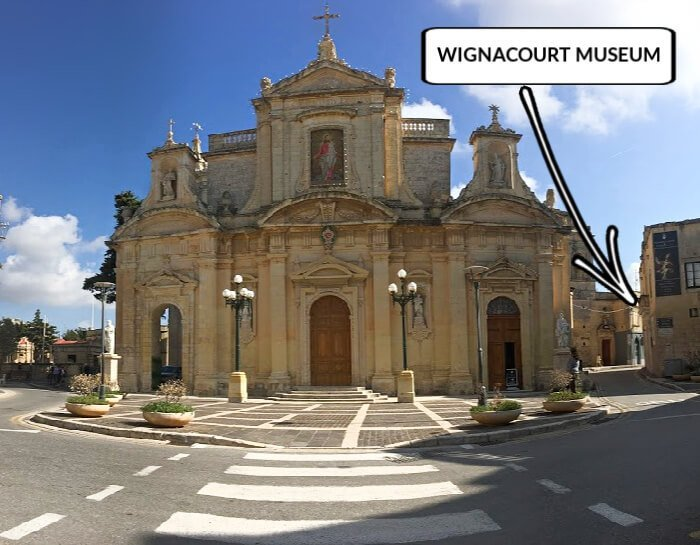The Wignacourt Museum located in relation to the Collegiate church of St Paul.