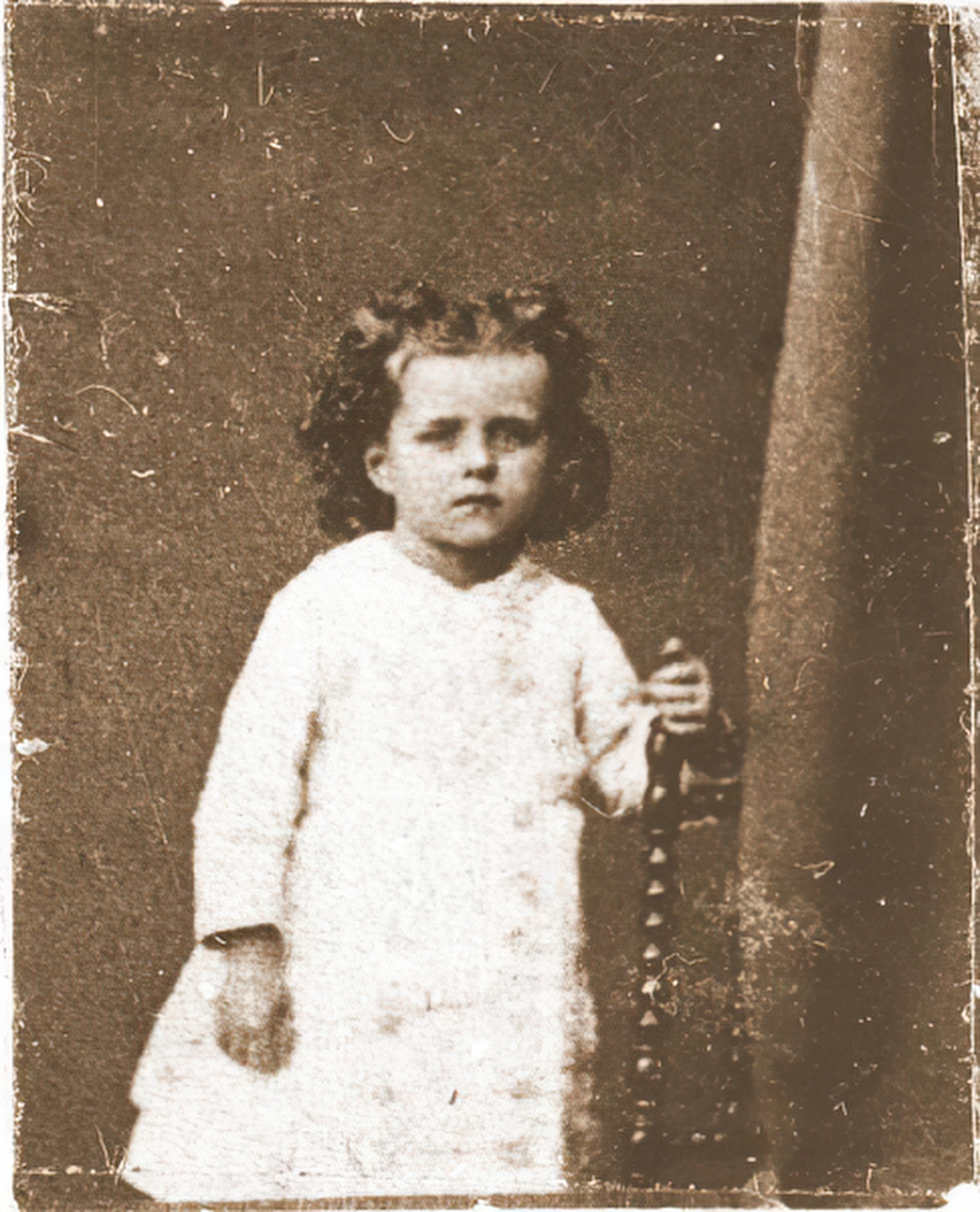 St. Thérèse of Lisieux at 3 years old